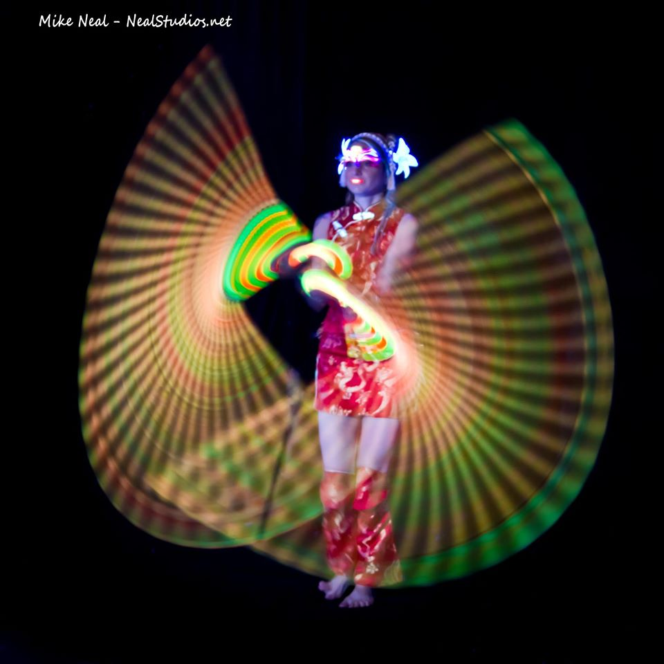 EmiilyGlowWhips photo_12. 341383_10150469881686886_711057390_o Blacklight Dream Merkabah Fire Productions ...  sc 1 st  Merkabah Fire Hawaii & Blacklight Fusion u2013 Merkabah Fire Hawaii